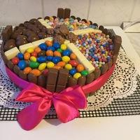 Trüffel krémes cukorkás torta
