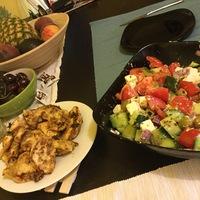 Mustáros csirkemell görög salátával