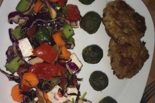 Lilakáposzta saláta, karalábés cukkini tócsnival