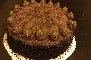 Klasszikus vajkrémes csokitorta