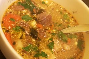 Sertés nyelv és szív leves