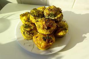 Brokkolis - sonkás - sós muffin