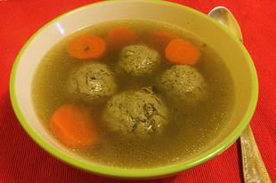 Borjú májgombóc leves
