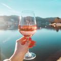 5 kiváló bor hűsítő kóstolásra