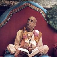 Valahogyan énekli, hogy Kṛṣṇa