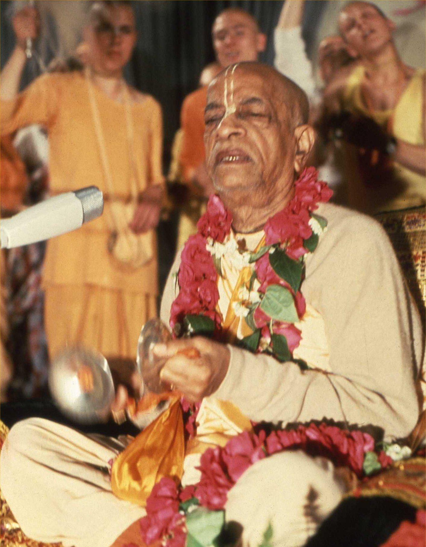 Srila Prabhupada Az odaadás nektárja lecke 1973. január 8., Bombay