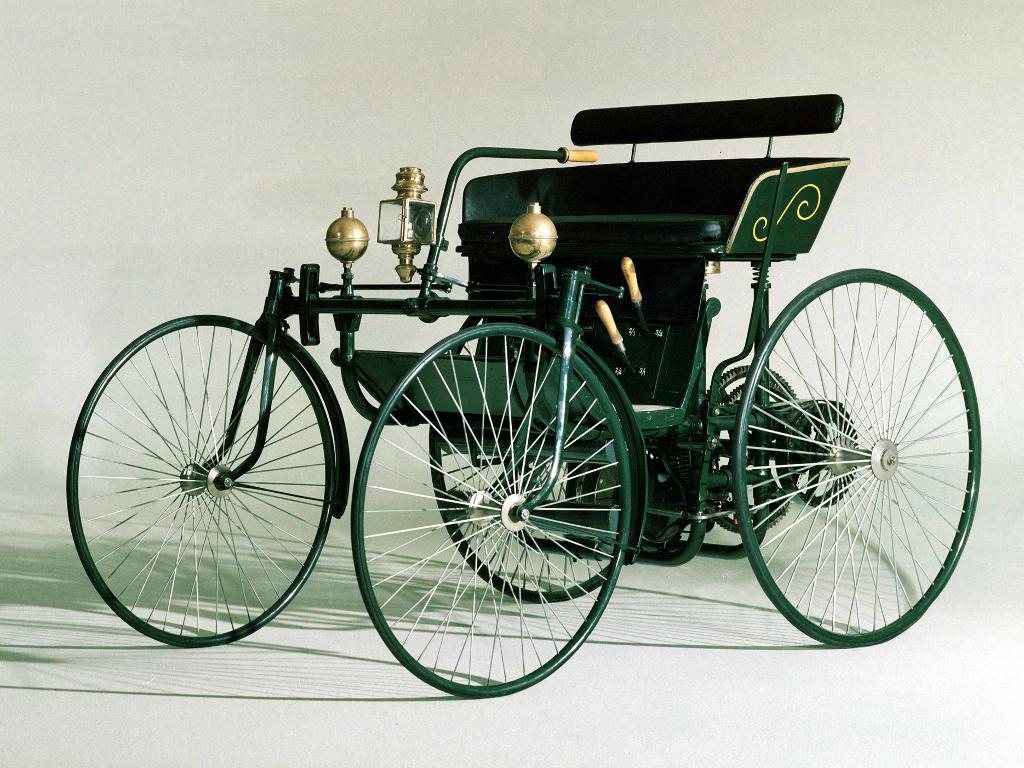 1889-daimler-2.jpg