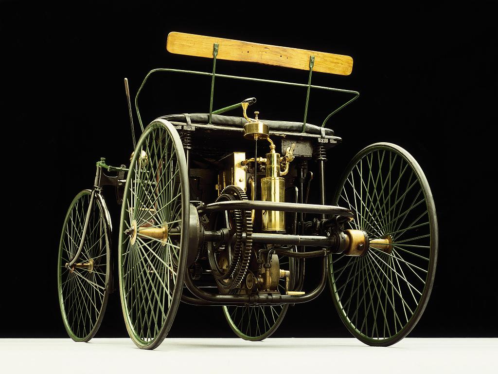 1889-daimler.jpg