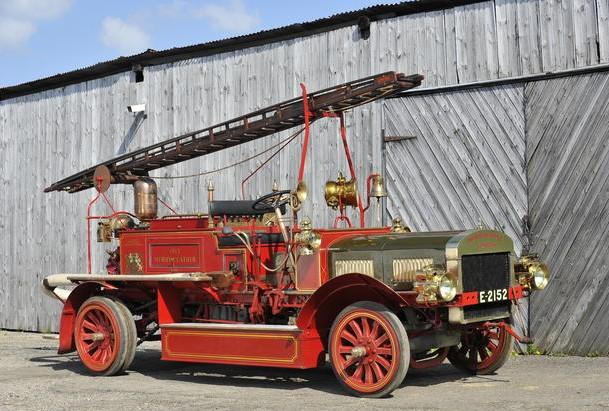 1913-merryweather-fire-engine.jpg