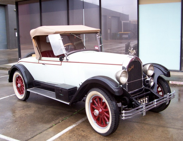 1927_falcon_knight_model_10_roadster_holden_bodied.jpg