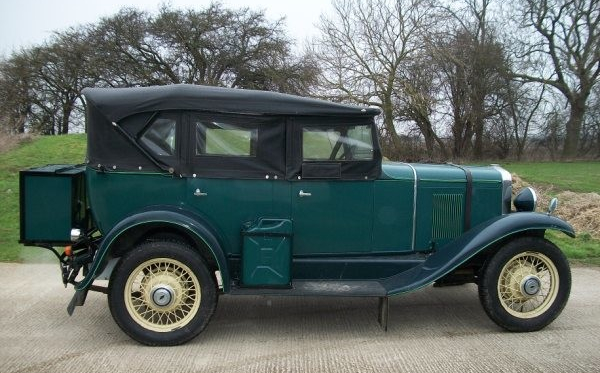 1930_chevrolet_universal_tourer-holden-body.jpg