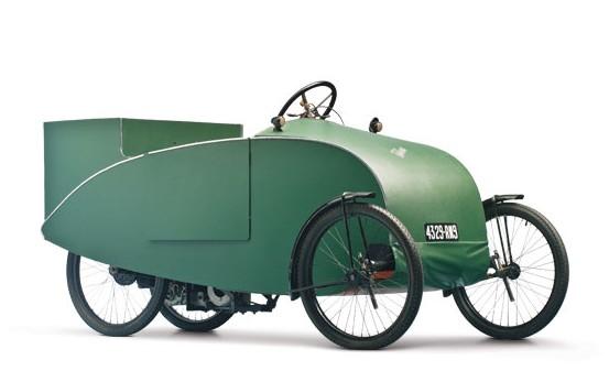 1935-velocar-camionette-motorisee.jpg