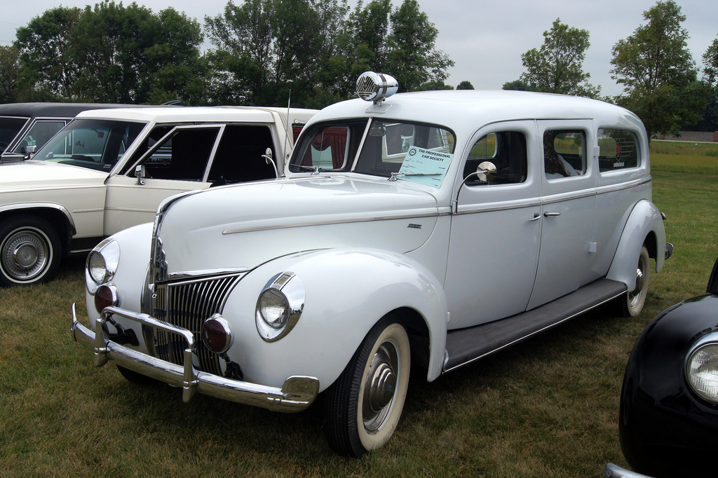 1940_ford_siebert_ambulance.jpg