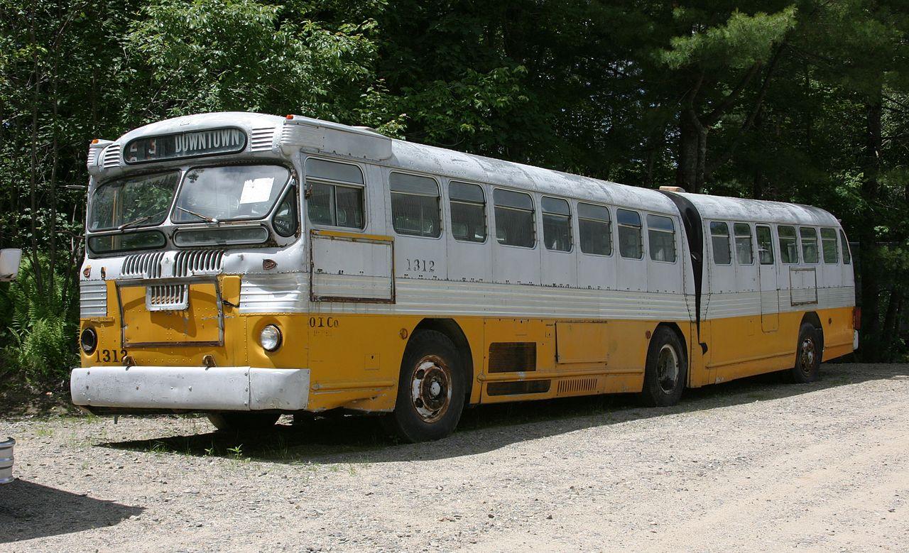 1947_twin_coach_bus.jpg