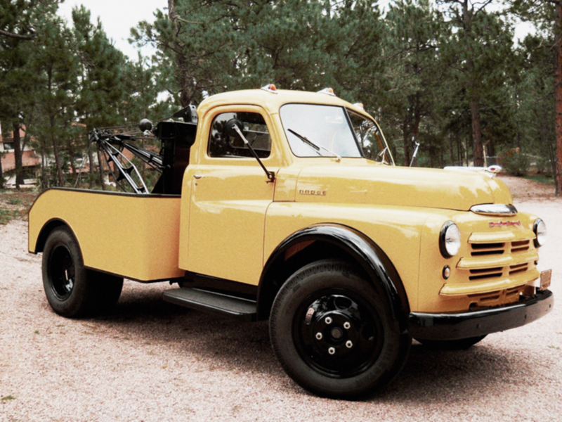 1949_dodge_job-rated_tow_truck.jpg