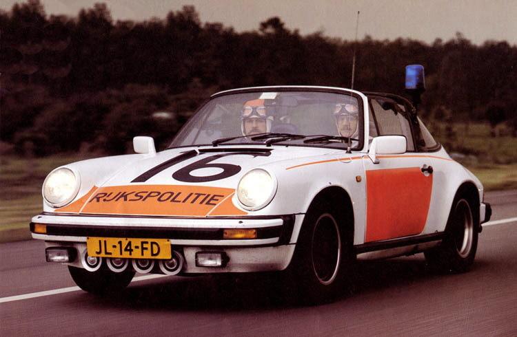 1983_porsche_911_sc_targa-polic.jpg