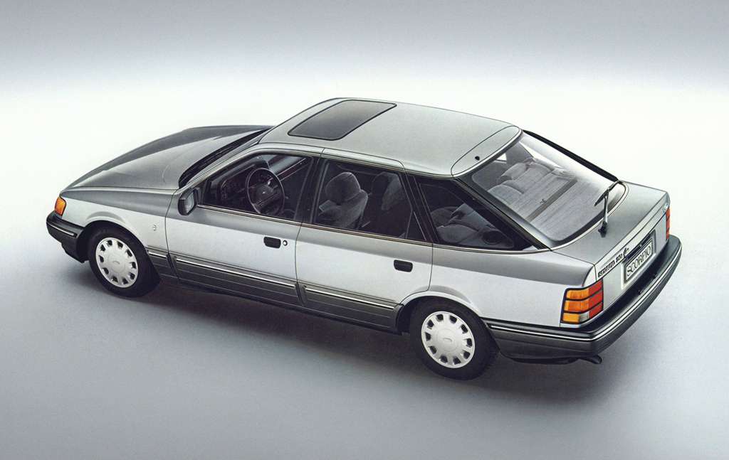 _ford_scorpio_2_0i_ghia_hatchback_1985_95.jpg