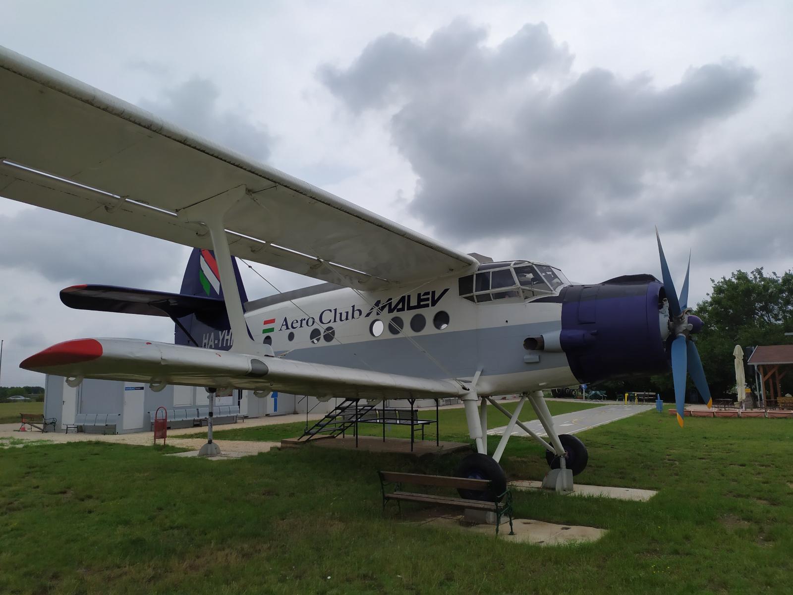 aeropark_an-2r.jpg