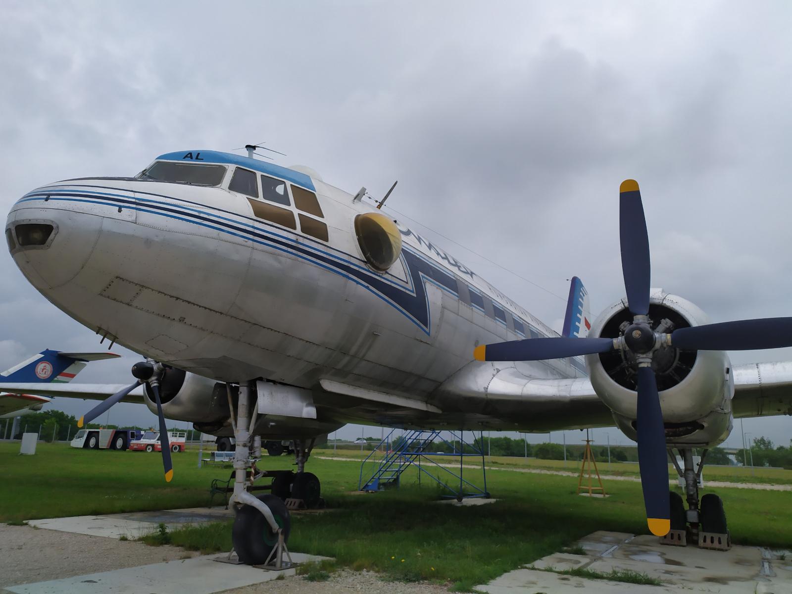 aeropark_il-14t-1.jpg