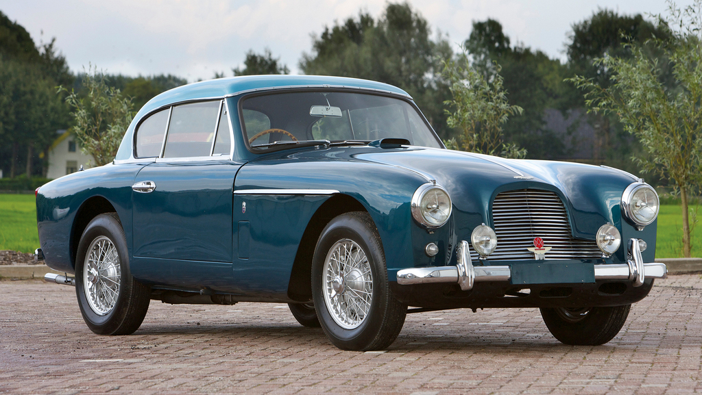 aston_martin_db2-4_fixed_head_coupe_notchback_mkii_1955_1956.jpg
