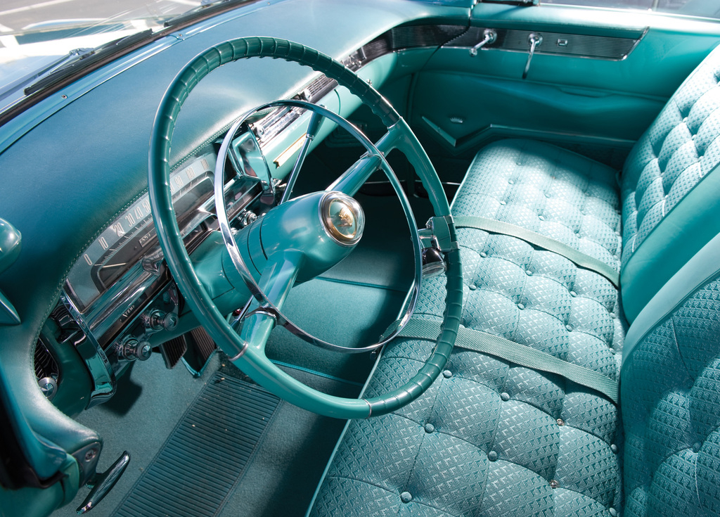cadillac_sixty-two_coupe_de_ville_1955.jpg