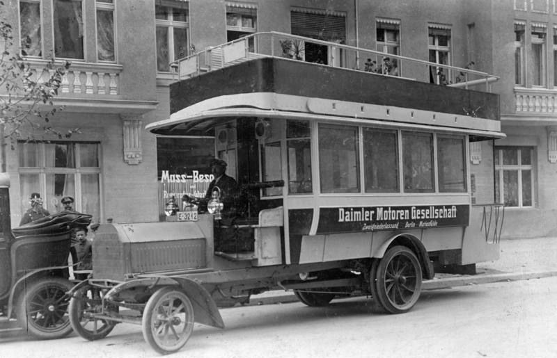 daimler-1911.jpg