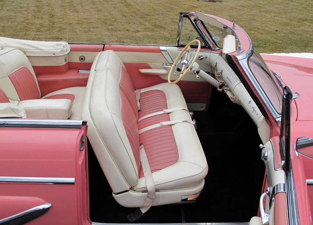 lincoln_capri_convertible_1955-3.jpg