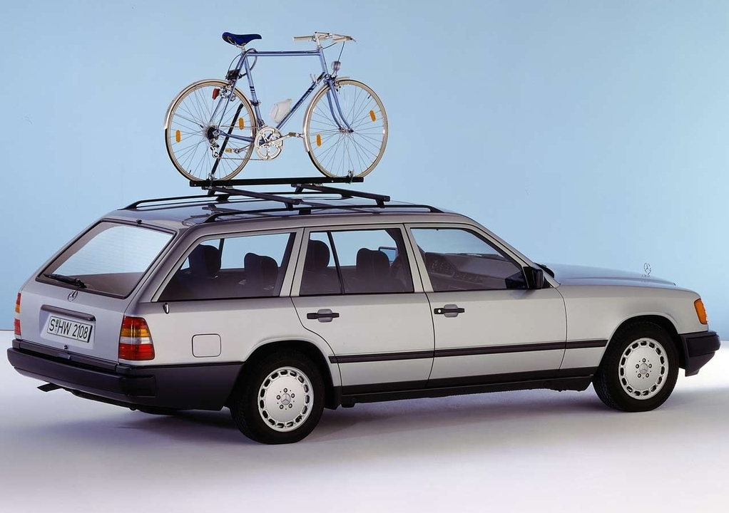 mercedes-benz_e-klasse_estate_s124_1985_93.jpg