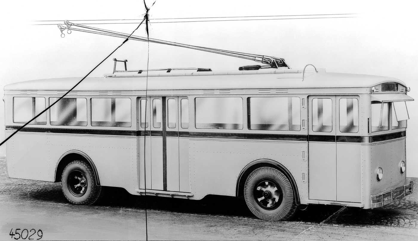 mercedes-benz_trolley_bus_-1930-31.jpg