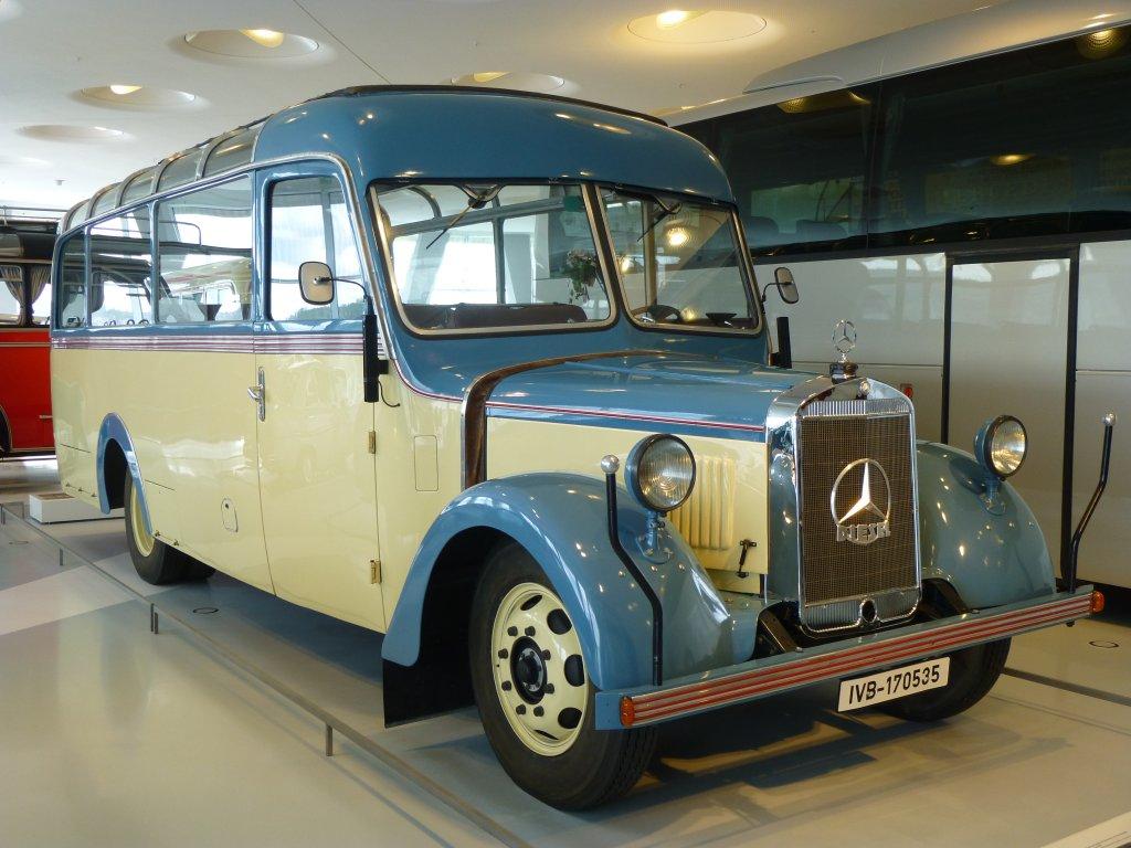 mercedes_o_2600-1940.jpg