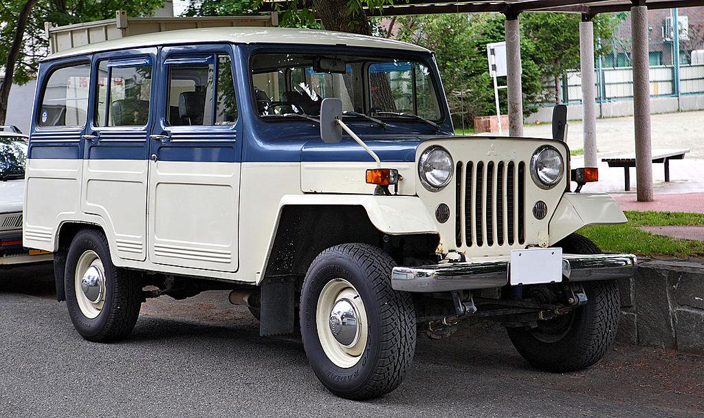 mitsubishi_jeep_delivery_wagon_j37.JPG