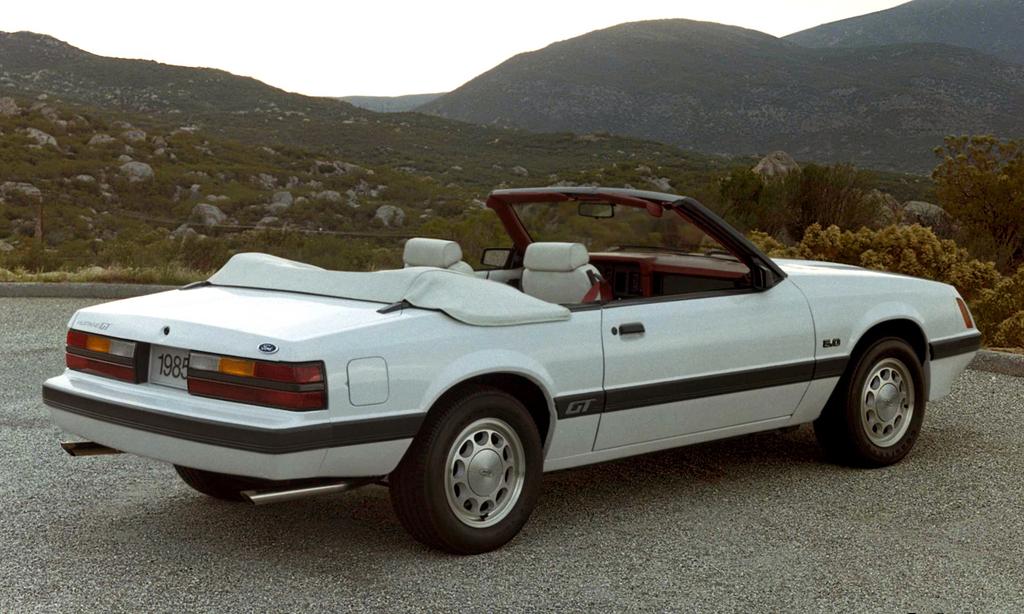 mustang_gt_5_0_convertible_1985.jpg