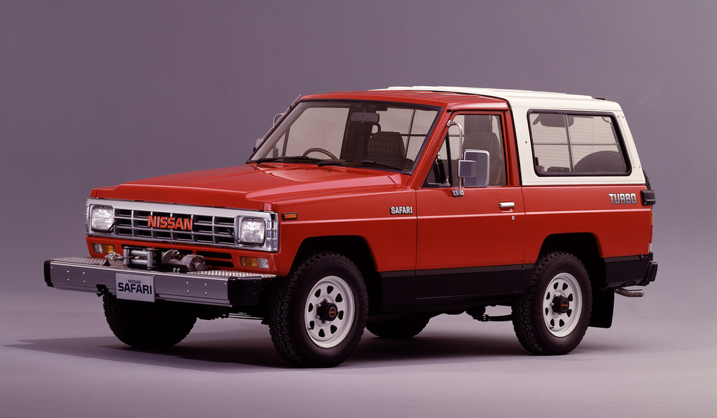 nissan_safari_hard_top_161_1985_87.jpg