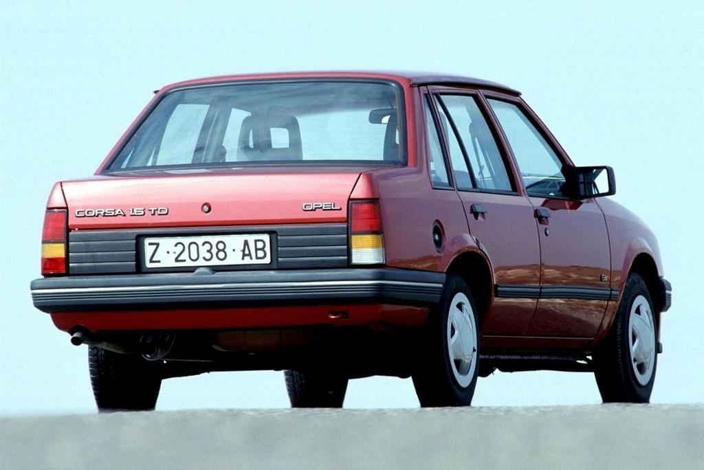 opel_corsa_sedan_a_1985.jpg