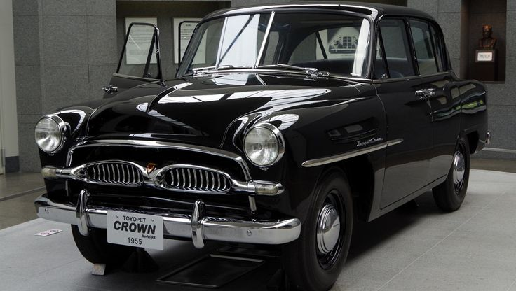 toyopet_-crown-1955.jpg