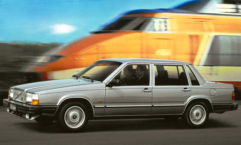 volvo_760_turbo_1984_88.jpg