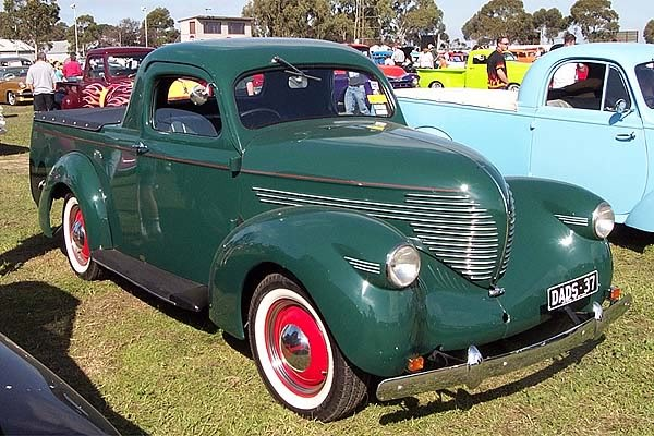 willis-holden-pickup-1935.jpg