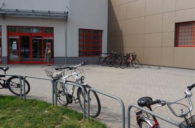 Ránéztek erre a fotóra a Sparban és azt mondták: nem kell több biciklitároló!