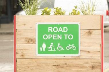 A londoni forgalomcsillapított zónák kialakításának egészségügyi szempontjai