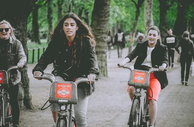 Nyeregbe fel! - Nagy-Britannia régóta szükségszerű kerékpáros forradalmáról