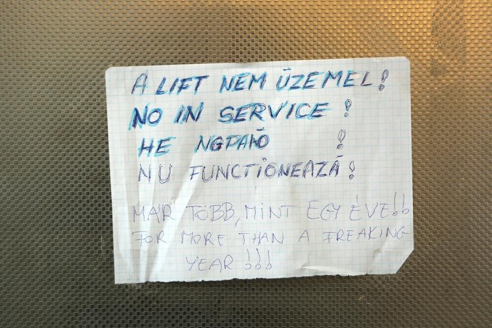 Mindig az a fránya lift Ferihegy állomásnál, 2017. augusztus 20., jarokelo.hu/23323