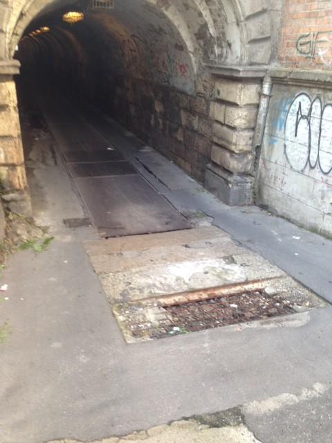 A Podmaniczky és Szabolcs utca közötti alagút, 2015. június 2. jarokelo.hu/5740