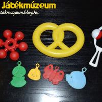 Gyerekeknek készült műanyag játékok