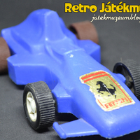 Műanyag Forma1-es autó