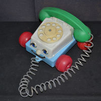 Húzogatós műanyag telefon