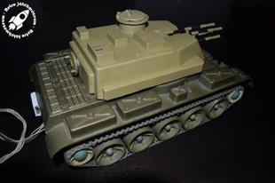 Távirányítós szovjet harckocsi