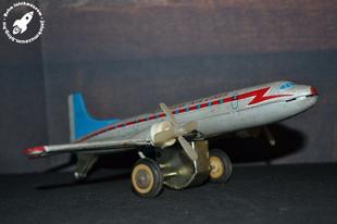 MF-104 lendkerekes repülőgép