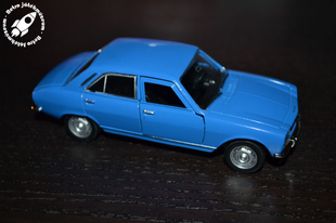 Old Timer sorozat 1975-ös Peugeot 504