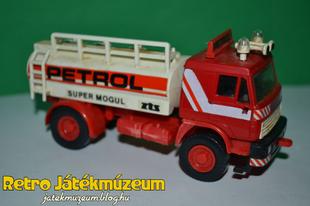 Monti System LIAZ Tartálykocsi