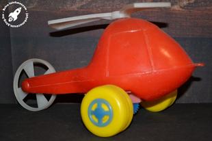 Műanyag húzogatós helikopter